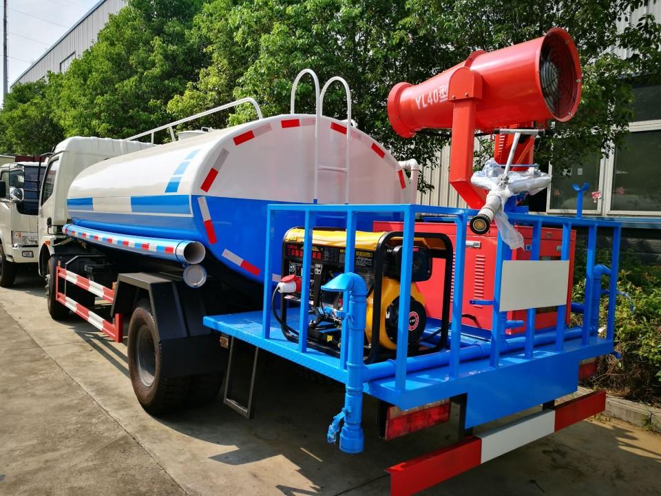 4方喷雾车-25米射程